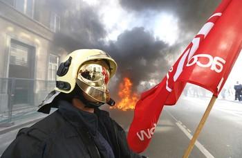 Полиция Брюсселя ощутила весь гнев пожарных города