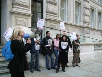 В Лондоне протестовали перед «Казахстанским бизнес-форумом»